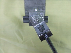 チャンネルクランプ ?型